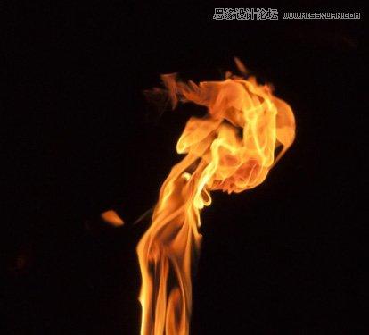 13,现在,我们制作火焰眼睛.打开火焰素材,并选择以下部分.