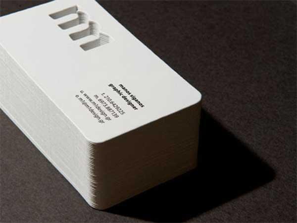 如何讓乾淨的白色名片設計簡約而不簡單