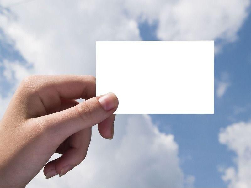 怎么把照片合成一张_Photoshop合成手拿老照片故地重游场景效果 - PS转载教程区 - 思缘 ...