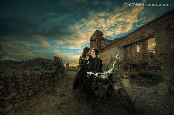 Photoshop合成夕陽下在鄉村約惠的情侶照片