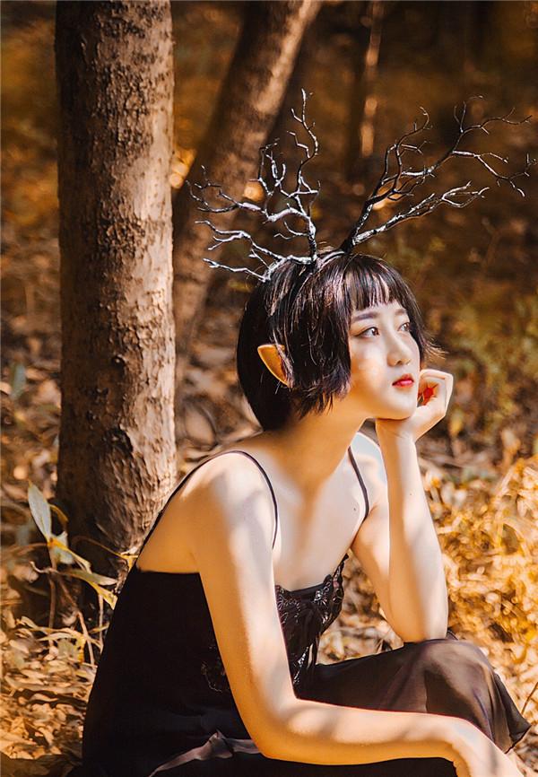 设计 教程/[PS调色] Photoshop调出森林外景人像秋季金黄色效果