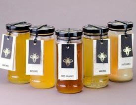 复古风格的有机蜂蜜创意包装设计欣赏