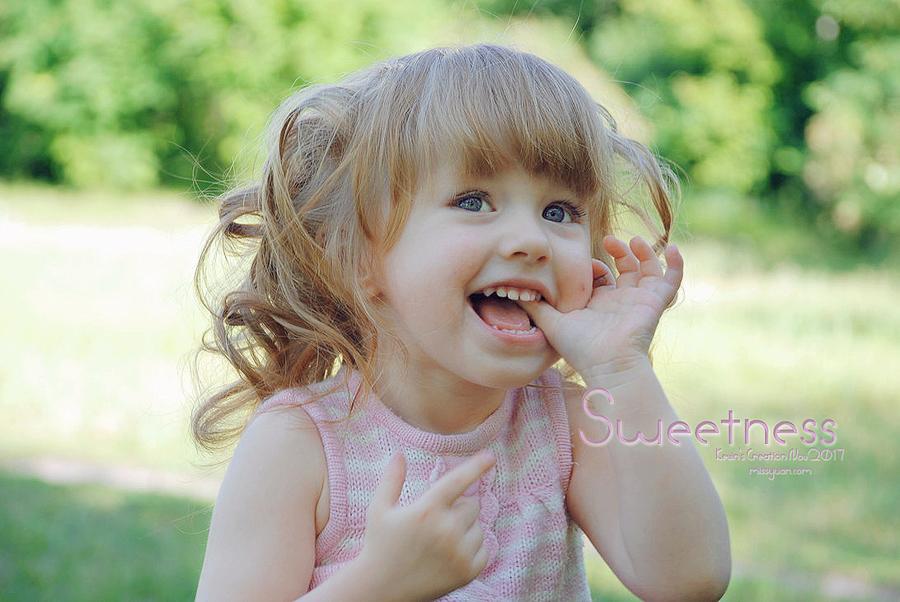 Photoshop调出偏暗色儿童照片甜美效果,PS教程,思缘教程网