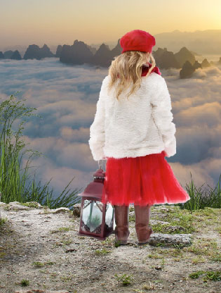 Photoshop合成在懸崖上t望日出的女孩