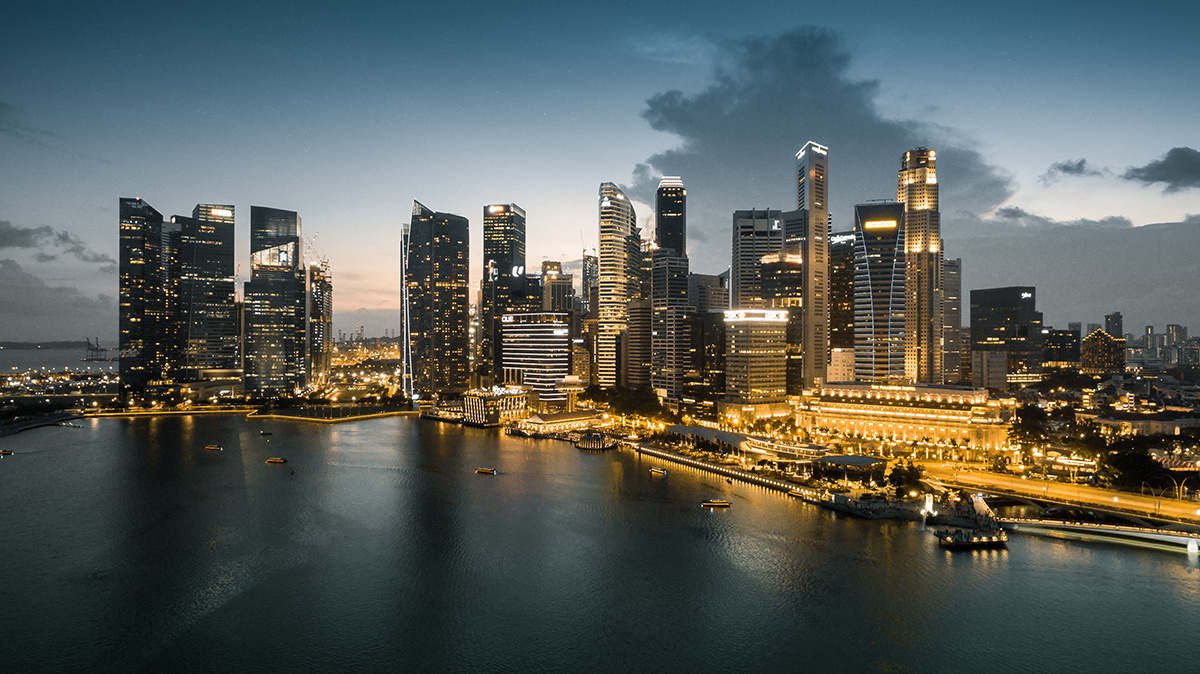 lr巧用hsl调出黑金风格城市风光照片