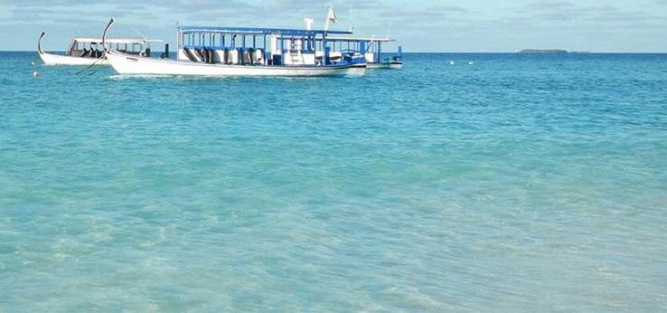Photoshop合成沙滩上漂流瓶中的海岛世界